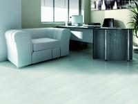 Jaka podłoga do biura? Podłogi drewniane czy winylowe jakie wybrać materiały?