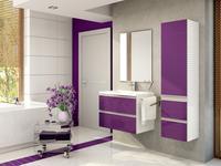 Minimalistyczna aranżacja fioletowej łazienki. Fioletowe meble łazienkowe. Stolkar